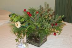 A festive table decoration at the Fortnightly Club (Margo Malos, Photograper)